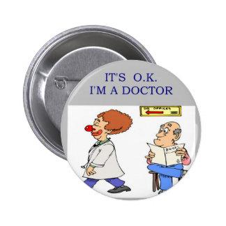 un chiste divertido del doctor pins