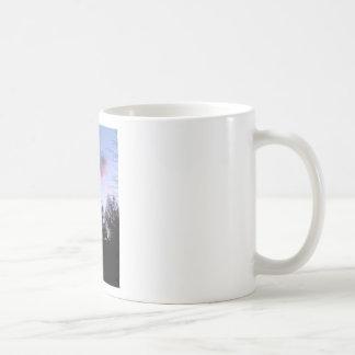 Un cielo hermoso taza de café