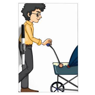 Un cochecito de niño del hombre y del bebé pizarras blancas de calidad