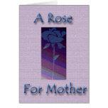 Un color de rosa para la madre tarjeta de felicitación