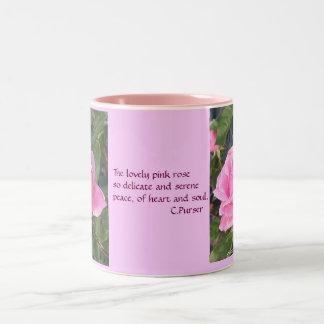 Un color de rosa rosado, tazas
