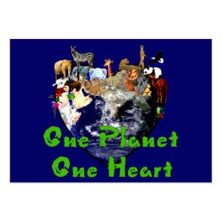 Un corazón del planeta uno tarjetas de visita grandes