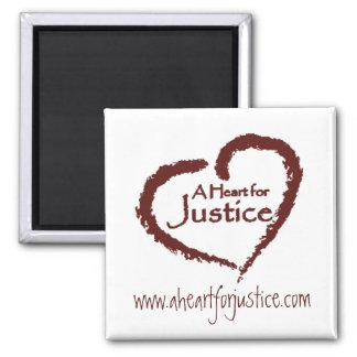 Un corazón para el imán de la justicia (blanco)