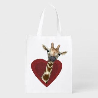 Un corazón para las jirafas bolsas para la compra