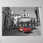 Un Corvette viejo en La Habana vieja Poster