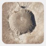Un cráter del impacto del meteorito calcomanias cuadradas