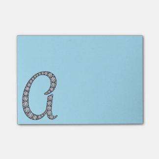 Un cuaderno de notas bling del monograma notas post-it®