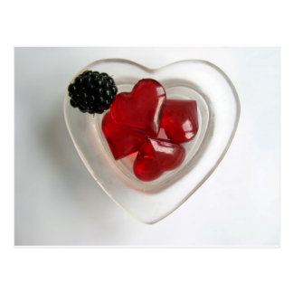 Un cuenco de corazones y de Blackberry Postal