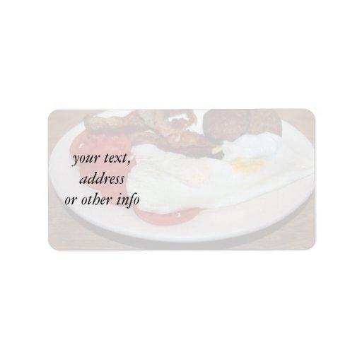 Un desayuno grande etiquetas de dirección
