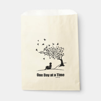Un día a la vez - (1 hembra del día a la vez) bolsa de papel