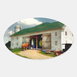 Un día en la granja pegatina ovalada