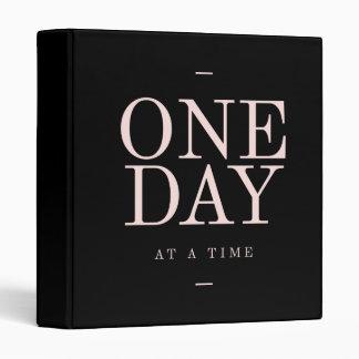 """Un día - metas rosadas negras inspiradoras de las carpeta 1"""""""