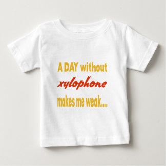 Un día sin el xilófono me hace débil t shirt