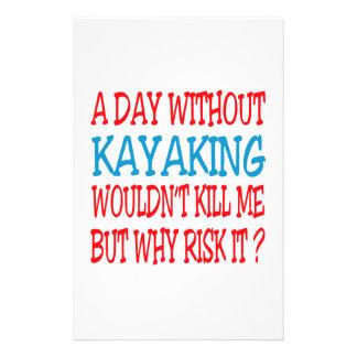 Un día sin Kayaking no me mataría Papelería De Diseño