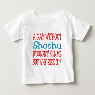 Un día sin Shochu no me mataría pero porqué riesgo Camisas