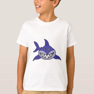 Un dibujo animado de mueca hilarante del tiburón playera