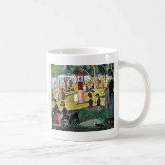 Un dimanche après-midi à l'Îl by Georges Seurat Coffee Mug