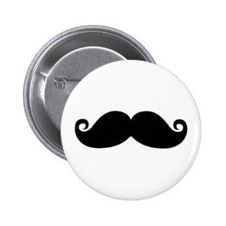 Un diseño divertido de la moda del bigote del negr pin redondo de 2 pulgadas