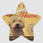 Un Doodle de oro cariñoso hace nuestro hogar de la Calcomania Forma De Estrella Personalizada