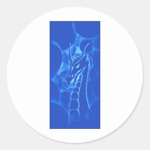 Un dragón en el humo (azul) pegatina redonda