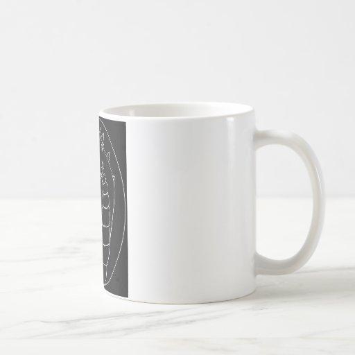 Un dragón poderoso (diseño alineado) taza clásica