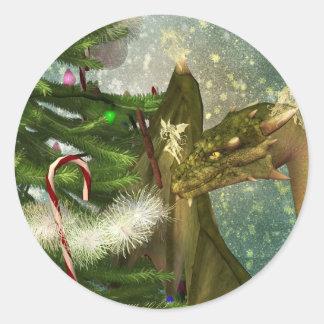 Un dragón y navidad de las hadas pegatina redonda