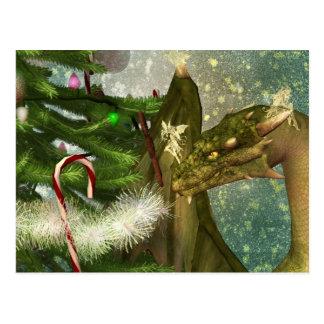 Un dragón y navidad de las hadas tarjeta postal