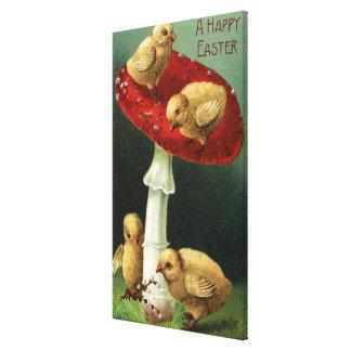 Un EasterChicks feliz en seta roja Impresiones En Lienzo Estiradas