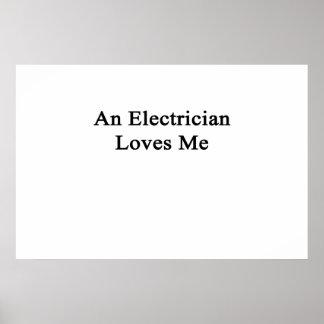 Un electricista me ama póster
