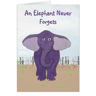 Un elefante nunca olvida - la tarjeta de cumpleaño