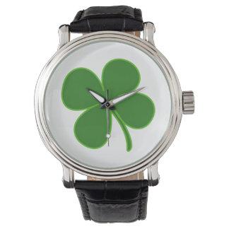 Un encanto afortunado del trébol relojes de pulsera
