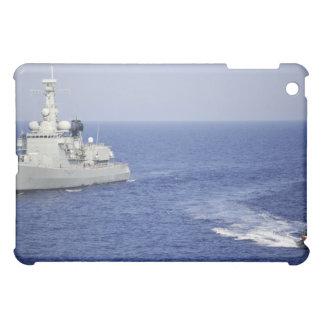 Un equipo portugués de la marina de guerra en un