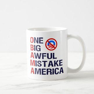 Un error tremendo grande, América Taza De Café