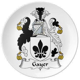 Un escudo más alegre de la familia plato de cerámica