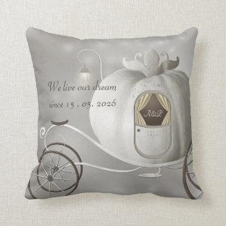 Un favor verdadero del boda del cuento de hadas almohadas
