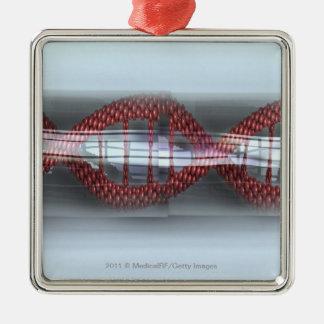 Un filamento de la DNA en una cápsula Adorno Cuadrado Plateado