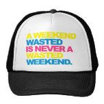 Un fin de semana perdido gorras
