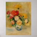 Un florero de Renoir de rosas y de dalias Poster
