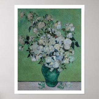 Un florero de rosas 1890 aceite en lona poster