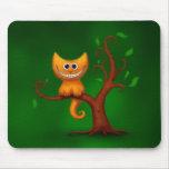 Un gatito de Cheshire Alfombrillas De Ratón