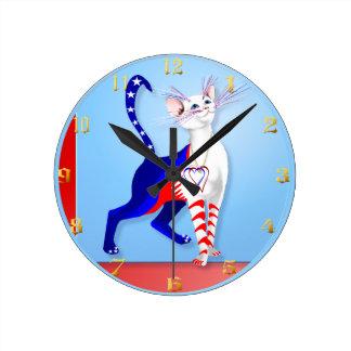 Un gato americano Wallclock Reloj Redondo Mediano