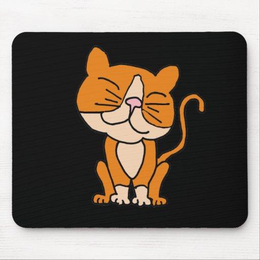 Un gato lindo del gatito del naranja y del blanco alfombrilla de raton
