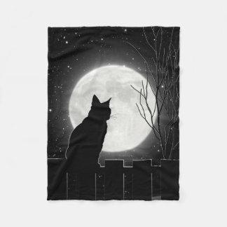 Un gato negro de reclinación y una Luna Llena, Manta De Forro Polar
