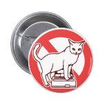Un gato reajusta un ordenador en Japón Pins