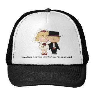 Un gorra fino de la institución