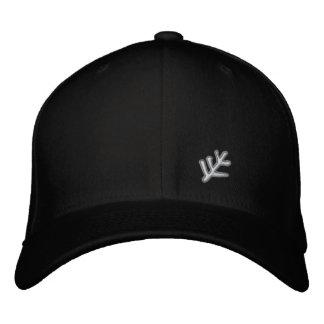 Un gorra más viejo de la muestra gorra de béisbol