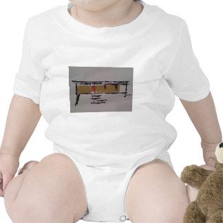 Un hogar de Eichler en un T #3 Trajes De Bebé