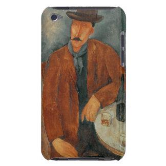 Un hombre asentado que se inclina en una tabla iPod touch Case-Mate carcasa