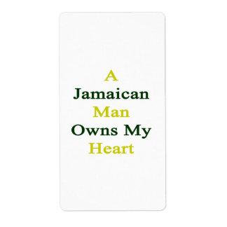 Un hombre jamaicano posee mi corazón etiquetas de envío