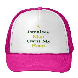 Un hombre jamaicano posee mi corazón gorro